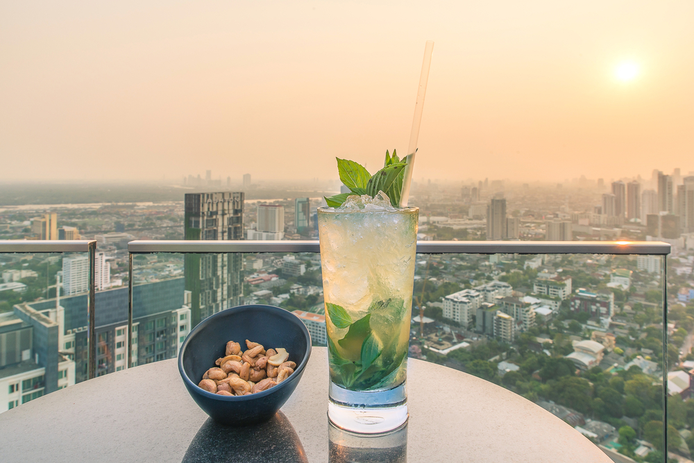mojito cocktail al tramonto