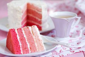 torta strati rosa - pan di spagna senza glutine