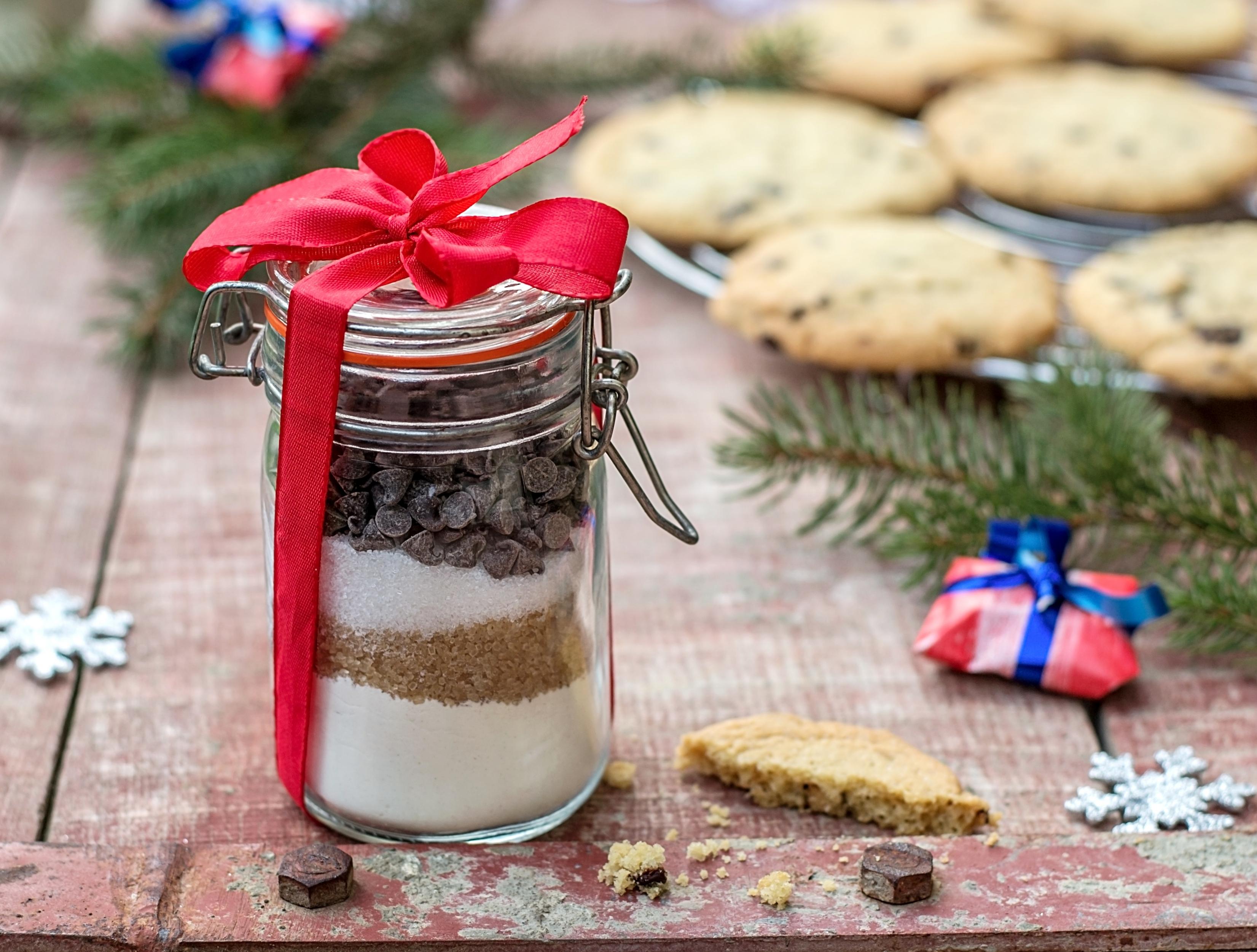 Biscotti cioccolata e altre delizie in barattolo