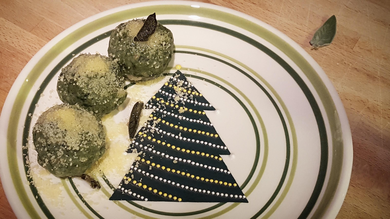 Canederli agli spinaci - Natale