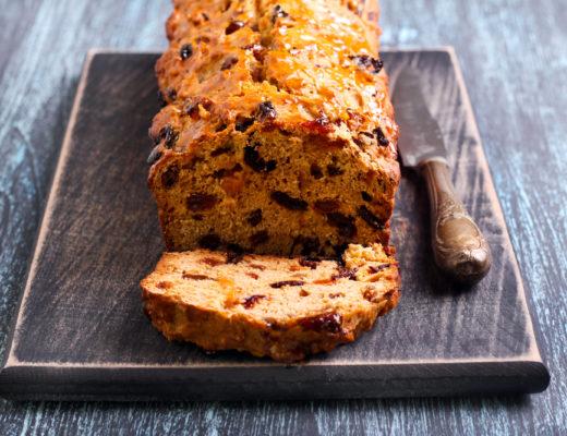 Barmbrack: il dolce tradizionale irlandese per i mesi freddi.